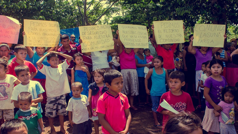 Gobierno de Guatemala incumple acuerdos con la comunidad desplazada de Laguna Larga